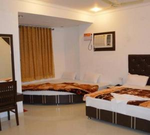 Hotel Axis Inn Amritsar
