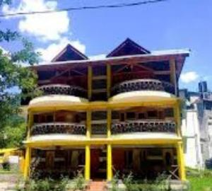 Kunal Hotel and Cottages Manali