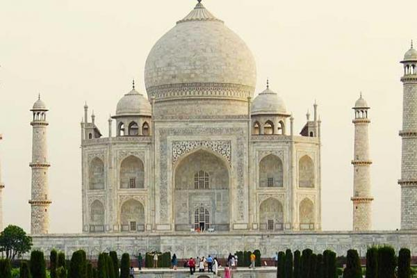 Beautiful Delhi With Agra Trip