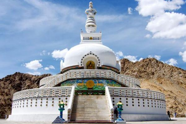 Explore Amazing Ladakh
